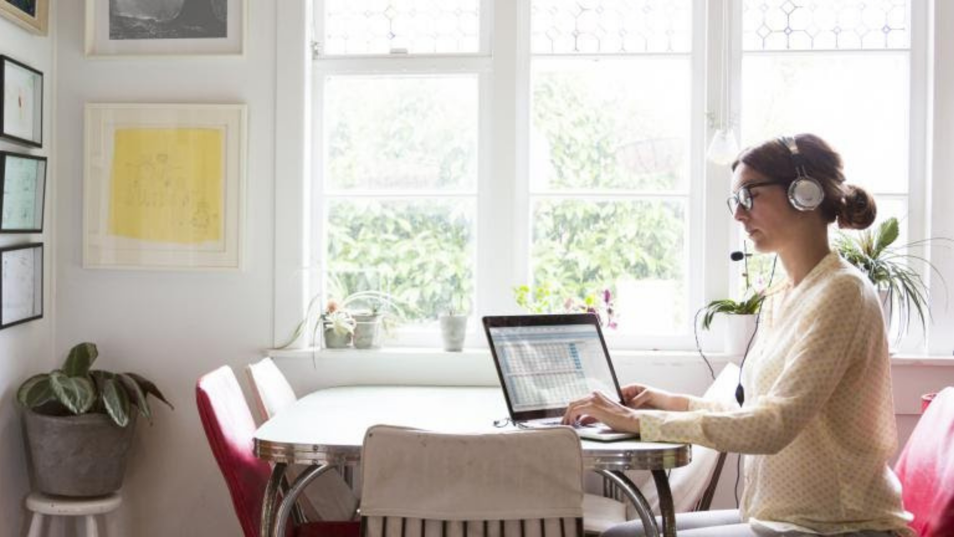 5 ways technology can solve hybrid and remote work challenges